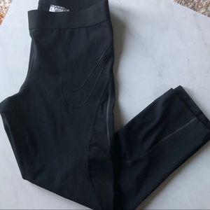 Black Hypercool Nike Leggings